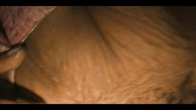 مقعد رابطه جنسی, دختر با ارضا روی صورت سکس سینه
